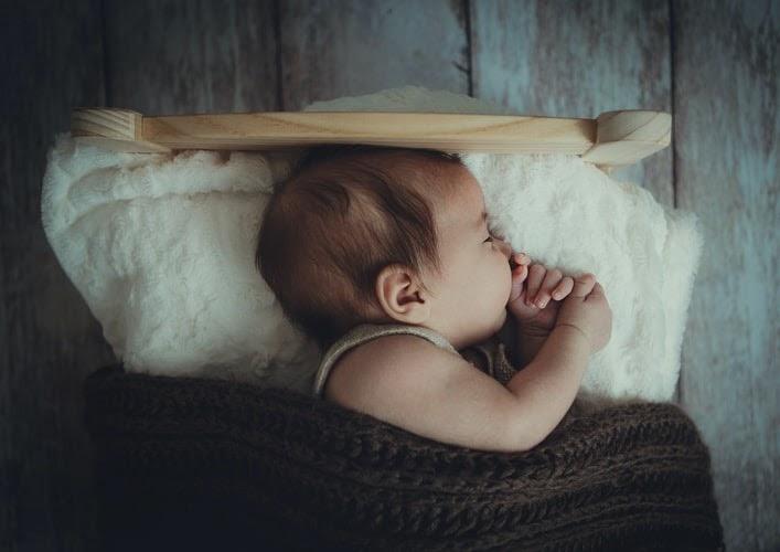 室温20度なら赤ちゃんはどんな布団や服装が最適?